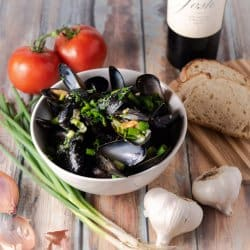 Instant Pot Mussels in Garlic Butter and Shallots