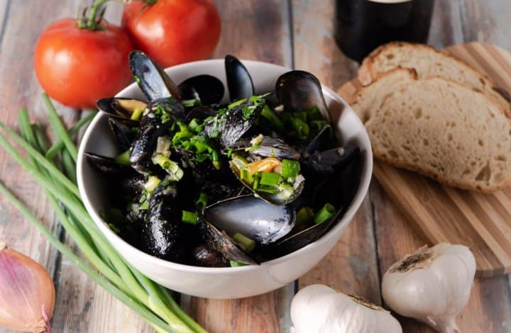 instant pot mussels above