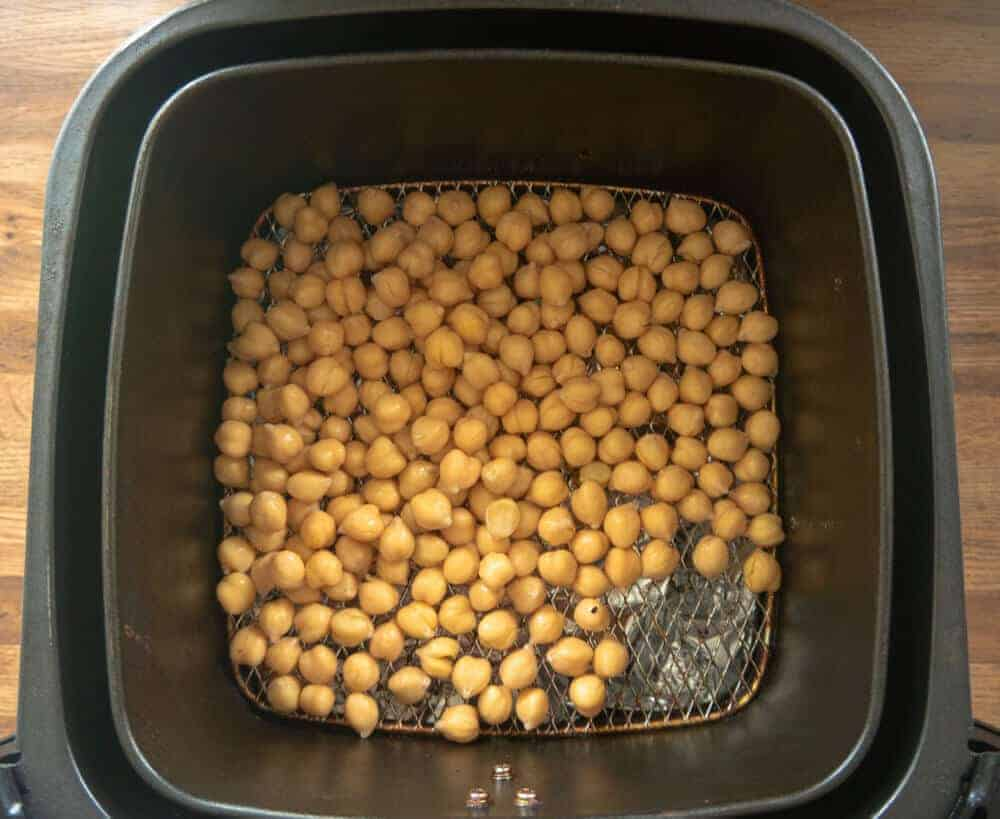 chickpeas in air fryer basket