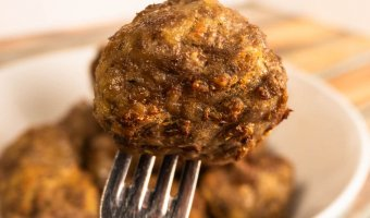 Air Fryer Meatballs Up Close