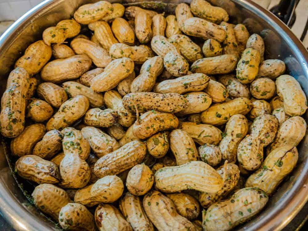 Finish boiled peanuts