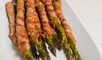 Asparagus bacon wrapped and cooked in the air fryer