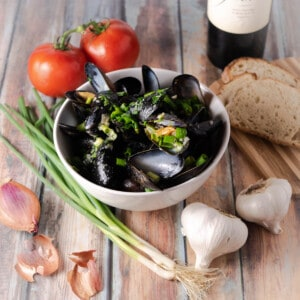 Instant pot mussels flatlay