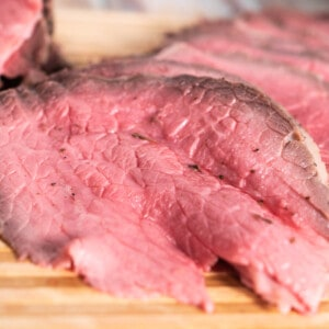 Thin sliced roast beef frontal picture.